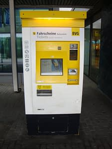 Berlin U-bahn ticket machine