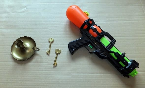 Steampunk gun & keys